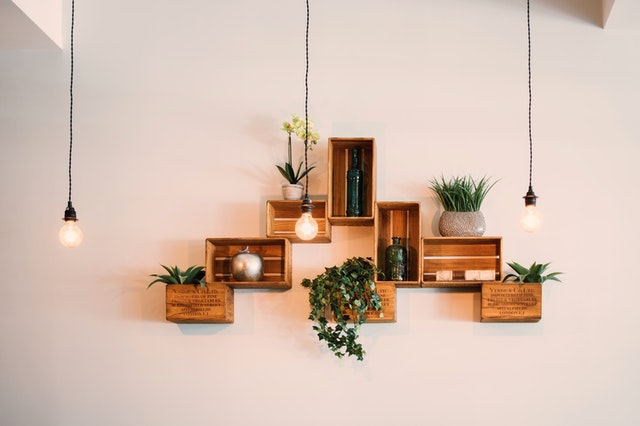 crates-mounted-on-wall-1090638